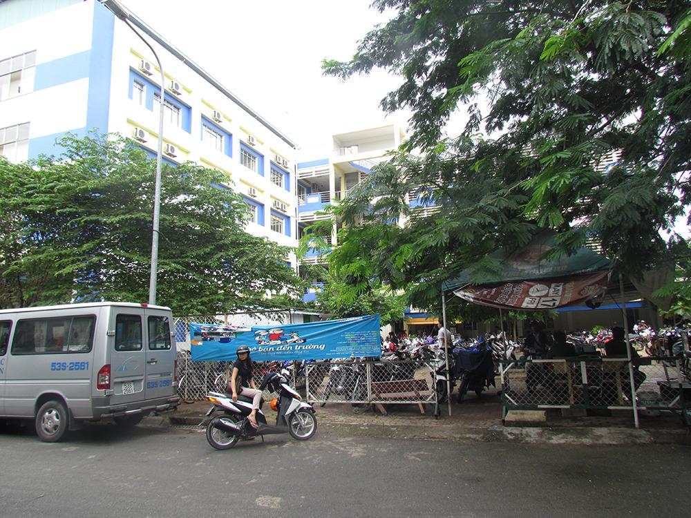Handout at Hoa Sen University