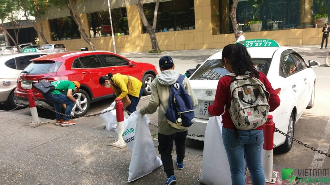 Community Clean-ups Pre-Earth Day 2018